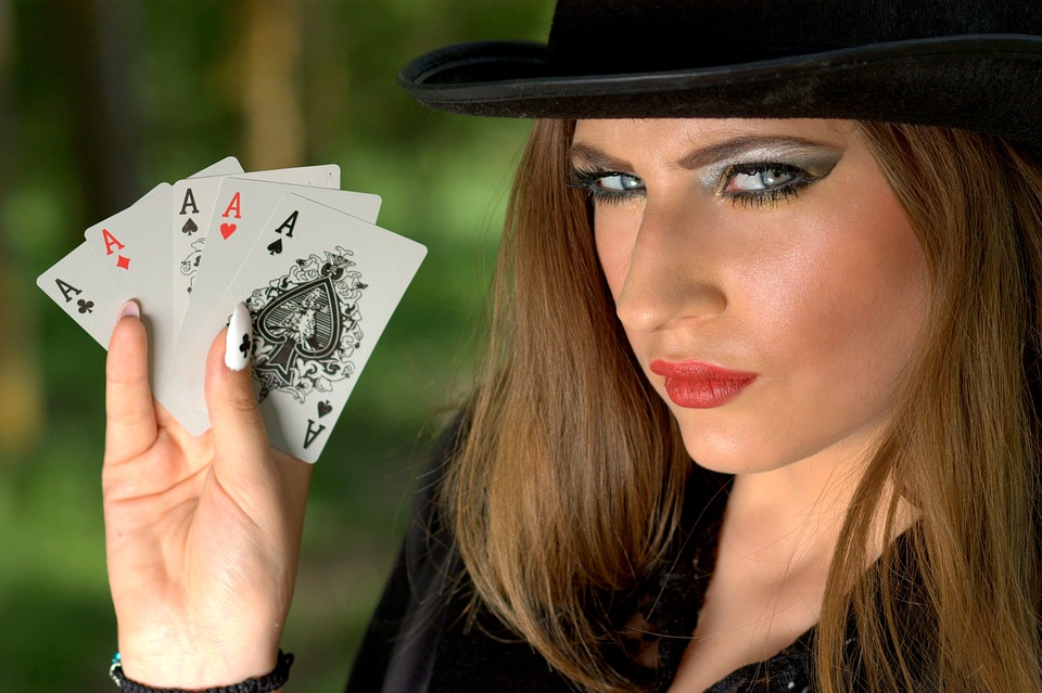 poker royal flush pelata pokeri internet